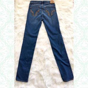 Hollister Skinny Jeans Size 3 26W 34L Dark Wash